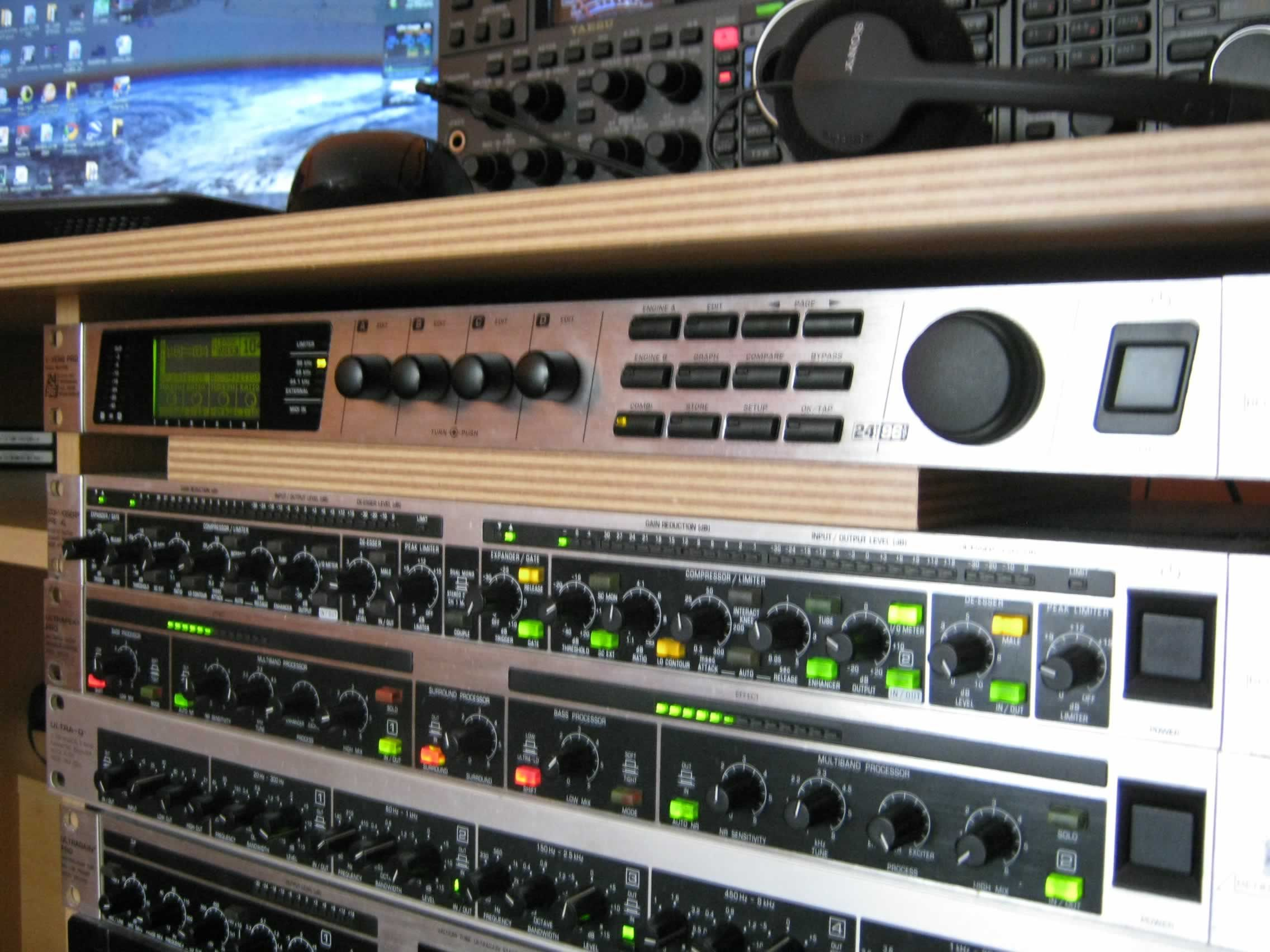 The Audio Rack of 9A3BSL!